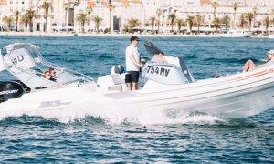 Uber testează un serviciu de transport pe apă