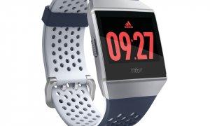 Fitbit Ionic: adidas, disponibil pentru precomandă