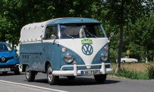 Apple și Volkswagen, parteneriat în cursa pentru mașinile autonome