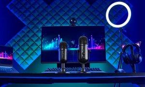 Două noi microfoane de streaming de la Razer pentru podcasteri începători